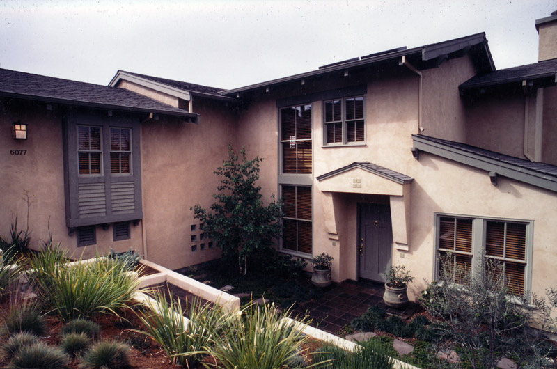 exterior-contemporary-craftsman-2